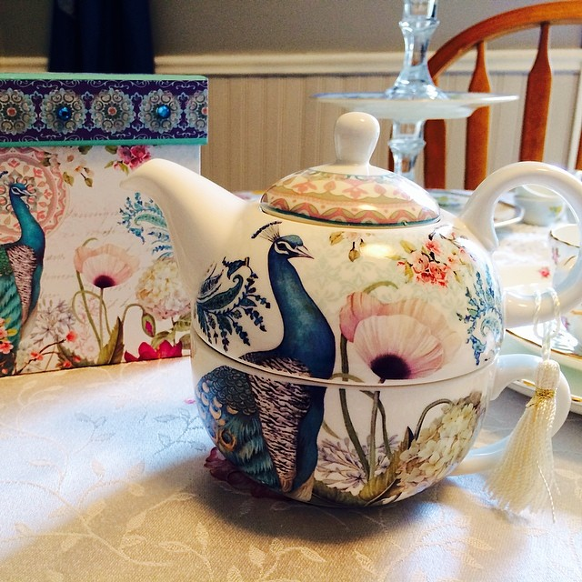 Incredibly excited about my newest tea for one. Absolutely gorgeous set. #teacup #teapot #delton #peacock