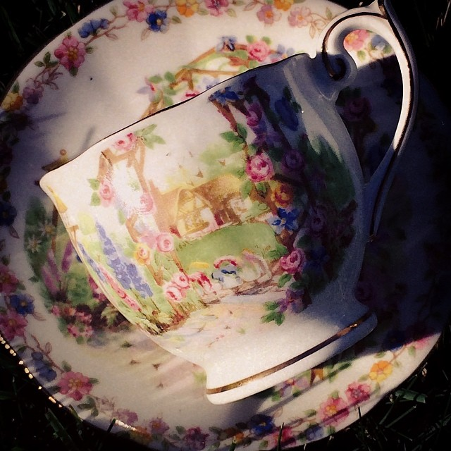 A junior Rose Cottage by Bell China was my newest & only addition this weekend. #teacup #vintage #junior