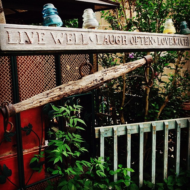 Live well. Laugh often. Love much. #quote #wordstoliveby