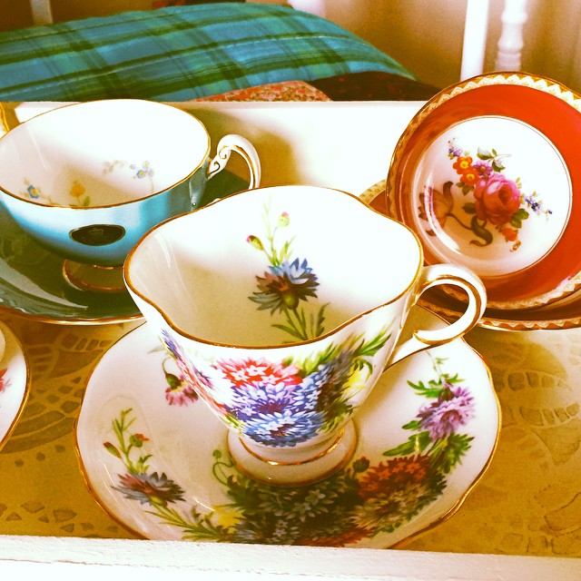 More uploads to come!! More cups at teacup-treasure.com/catalogue DM or email if interested. #aynsley #windsor #vintage #teacup #teacups
