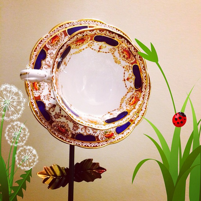 A tea cup flower for my mother's garden. #teacup #craft #art #yard