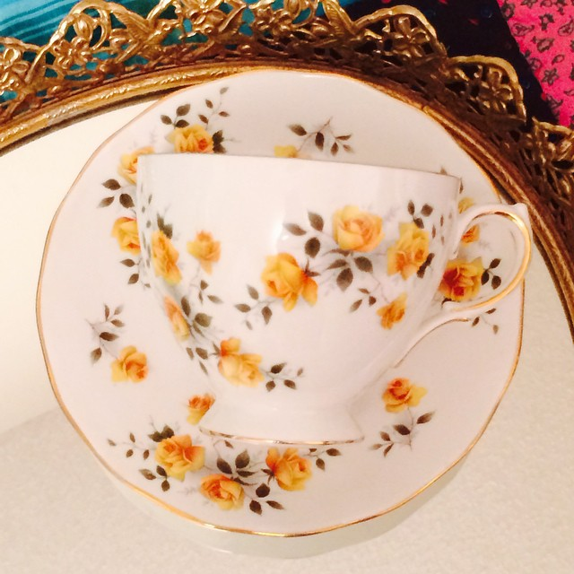 Delicate little yellow roses of friendship adorn this pretty Royal Vale. Email if interested. Ships Worldwide. Paypal accepted. More cups to be uploaded this week. Catalogue at http://teacup-treasure.com/catalogue #teacup4sale #teacupforsale #tea #teacup #teacups #teatime #vintage