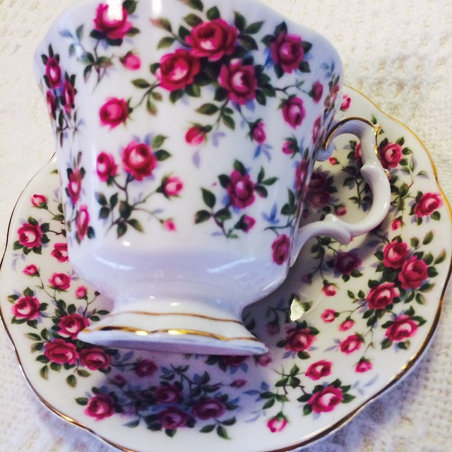 """Royal Albert """"Chelsea"""", Nell Gwynne Series. Email if interested. Ships Worldwide. Paypal accepted. More cups at http://teacup-treasure.com/catalogue #teacup4sale #teacupforsale #tea #teacup #teacups #teatime #vintage"""
