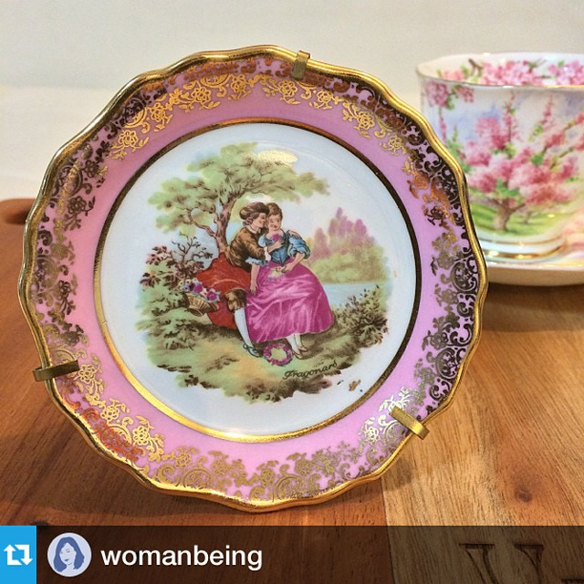 Not everyone can get a direct flight. This Limoges went on quite a trip before reaching it's final destination. #Repost @womanbeing with @repostapp.
