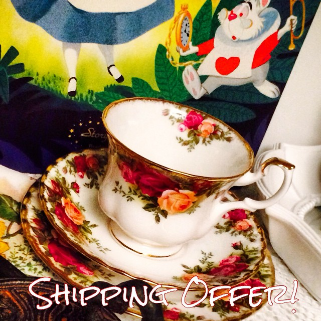 Fastest International Shipping. Order & pay by Thursday night for post this Saturday.  Delivery will be in approximately 10 days! Email if interested. Ships Worldwide. Paypal accepted. More cups at http://teacup-treasure.com/catalogue #teacup4sale #teacupforsale #tea #teacup #teacups #teatime